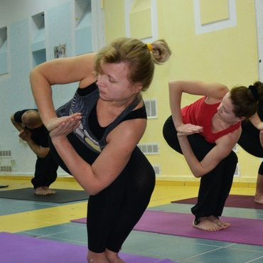 Николаев. YOGA-WEEKEND по YOGA23