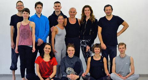 йога студия Слон Олег Линих